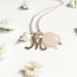 Personalised necklace with rose quartz and pearl