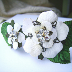 White Roses Fascinator Band