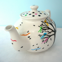 Bows And Boughs Teapot