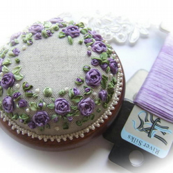 Roses and Pearls Pincushion (Purple) Kit