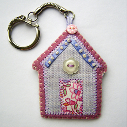 Beach Hut Keyring