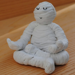 Meditating Mummy - Halloween decoration