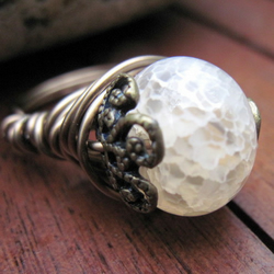 Cream Dragon Vein Agate Victoriana Brass Wire Wrapped Ring