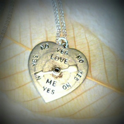 Antique Silver Plated Heart Yes/No Spinner Necklace