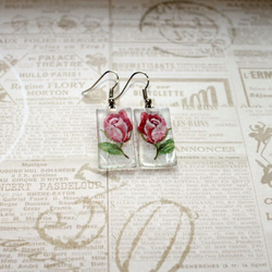 Romantic style glass earrings -pink rose design