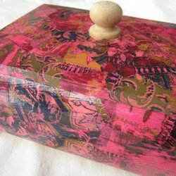 Jewellery box-'Pink Cashmere' design