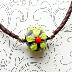 Lime Daisy Necklace