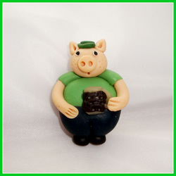 Pig Real Ale Drinker Pin  Brooch