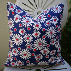 Vintage 1970s Jubilee Daisy Fabric Cushion