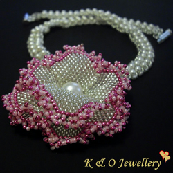Unique Sterling Silver Swarovski Pearl & Crystal Beaded Necklace