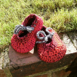 Childs Non-slip Ruby Slippers size 4-5