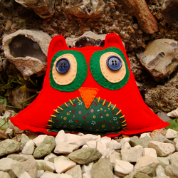 Red Owl Cushion