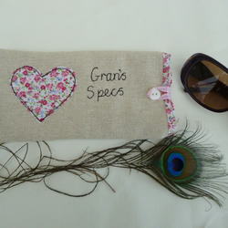 Handmade Personalised Floral Heart Glasses Sunglasses Case Choice of Wording