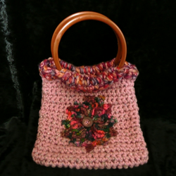 Crocheted bag dusty pink with flower