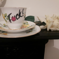 Warning profanities - Beautiful 'F0ck!' altered vintage teacup trio