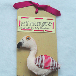 Flamingo felt brooch << WAS £5....NOW £3 >>
