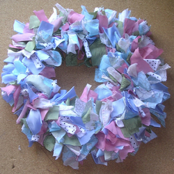Traditional Rag Wreath - Dolly Mixture