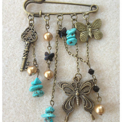 Steampunk Kilt Pin-Keys and Butterflies