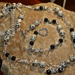 Gemstone Necklace and Bracelet Set. Dalmatian Jasper, Onyx Agate. Silver Plated.