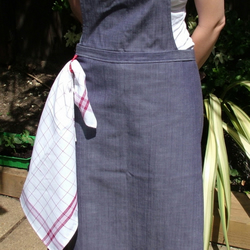Apron and oven gauntlet