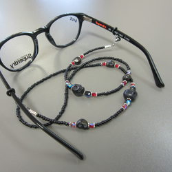 Beaded Spectacle Chain: Gothic Beaded Skull Glasses Chain