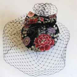 Cocktail hat, kimono silk, black with red roses.