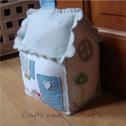 Country Cottage Doorstop