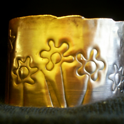sunset amongst the daisies cuff bracelet