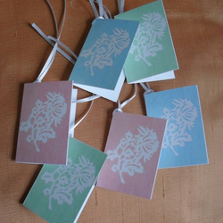 Chrysanthemum – six gift tags in soft and dreamy pastels