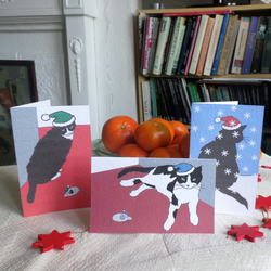 SIX CHRISTMAS CARDS – HAVE A PURRRRFECT CHRISTMAS (FREE POSTAGE)
