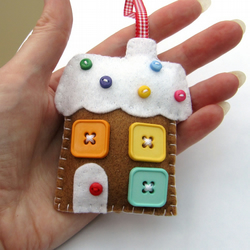 Gingerbread house Christmas Decoration Sewing Kit