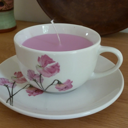 Candle in a tea cup - Sweetpea