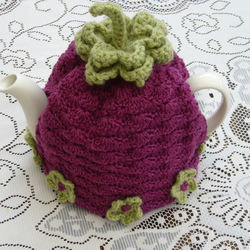 Crochet Tea Cosy/Plum with stalk and flowers (Made to order)