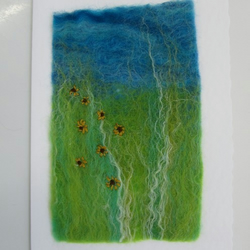 Card : embroidered felt landscape