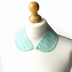 Limited Edition Peter Pan Collar Minty Static Rain