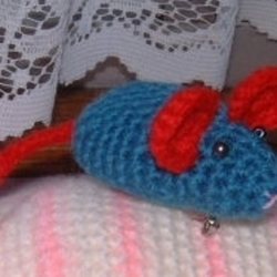 Crochet Mousie Brooch For The Other Mousie