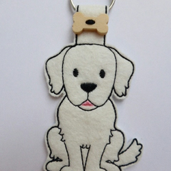 Felt Retriever Dog Keyring - Free UK Postage
