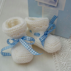 Hand Knitted Baby Boy Bootees