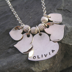Valentine's name necklace with 5 heart charms. Ref. PT2004-56