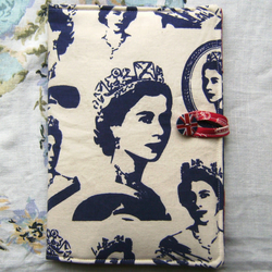 Vintage Queen Kindle Cover. To fit all inc. Paperwhite. Let me know which size
