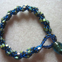 Lapis Style Spiral Bracelet FOR COMIC RELIEF