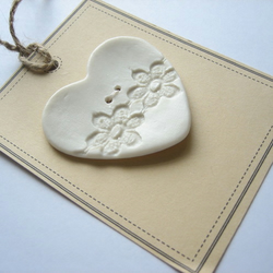 lace imprinted heart button