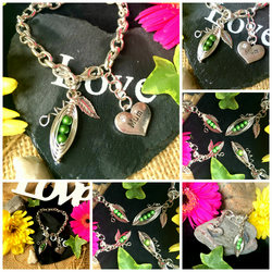 MUM MOTHERS DAY PERSONALISED Peas-in-a-Pod Family Handmade PendantCharm Bracelet