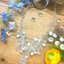 Cluster Star Necklace with Illusion Beads
