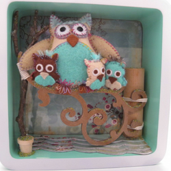 Felt Owl Family in Open Box Frame (pale turquoise, mint green)