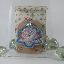 Fabulous Felt and Fibre Christmas Tree Brooch. Free Postage and Packing