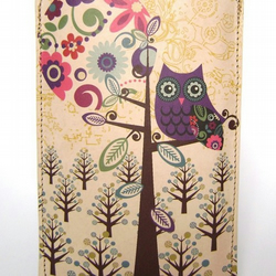 Leather iPhone/iTouch/HTC (Desire/Mozart) case  - Owl & Moon