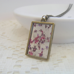 Real Floating Purple Flowers Window Necklace