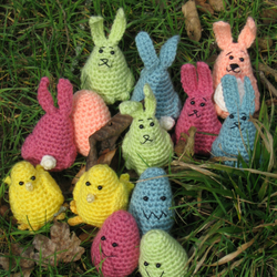 Easter Bunny, Egg and Chick Hunt Crochet Pattern