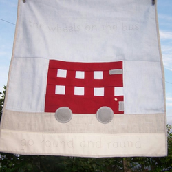 The wheels on the bus cot quilt